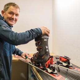 Ski und Snowboard Shop Arosa im Robinson Club